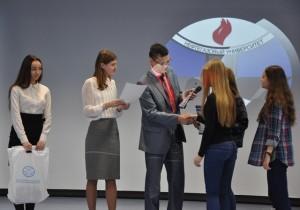 Награждение юнкоров, побывавших на акции Мой выбор-Нефтегаз