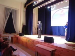 Владимир Долгушин обращается к студентам