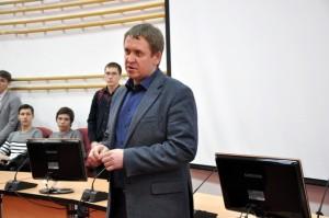 проректор по науке Павел Евтин