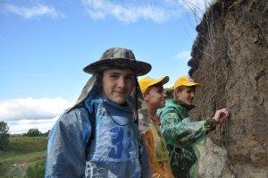 Тайны минералов и красота гор: школьников приглашают в легендарный клуб любителей геологии