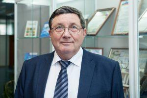 Директор Многопрофильного колледжа ТИУ, профессор Владимир Долгушин