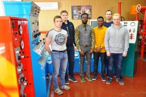 Ликвидировать виртуальные аварии учатся студенты ТИУ в Международном учебно-тренажерном центре вуза