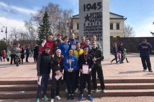 Участники легкоатлетической эстафеты от ТИУ