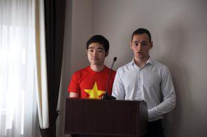 Хюинь Фам Конг Тхань и Владислав Зенченко